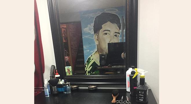 Imagen de espejo de barbería, Súmate Hogar de Cristo